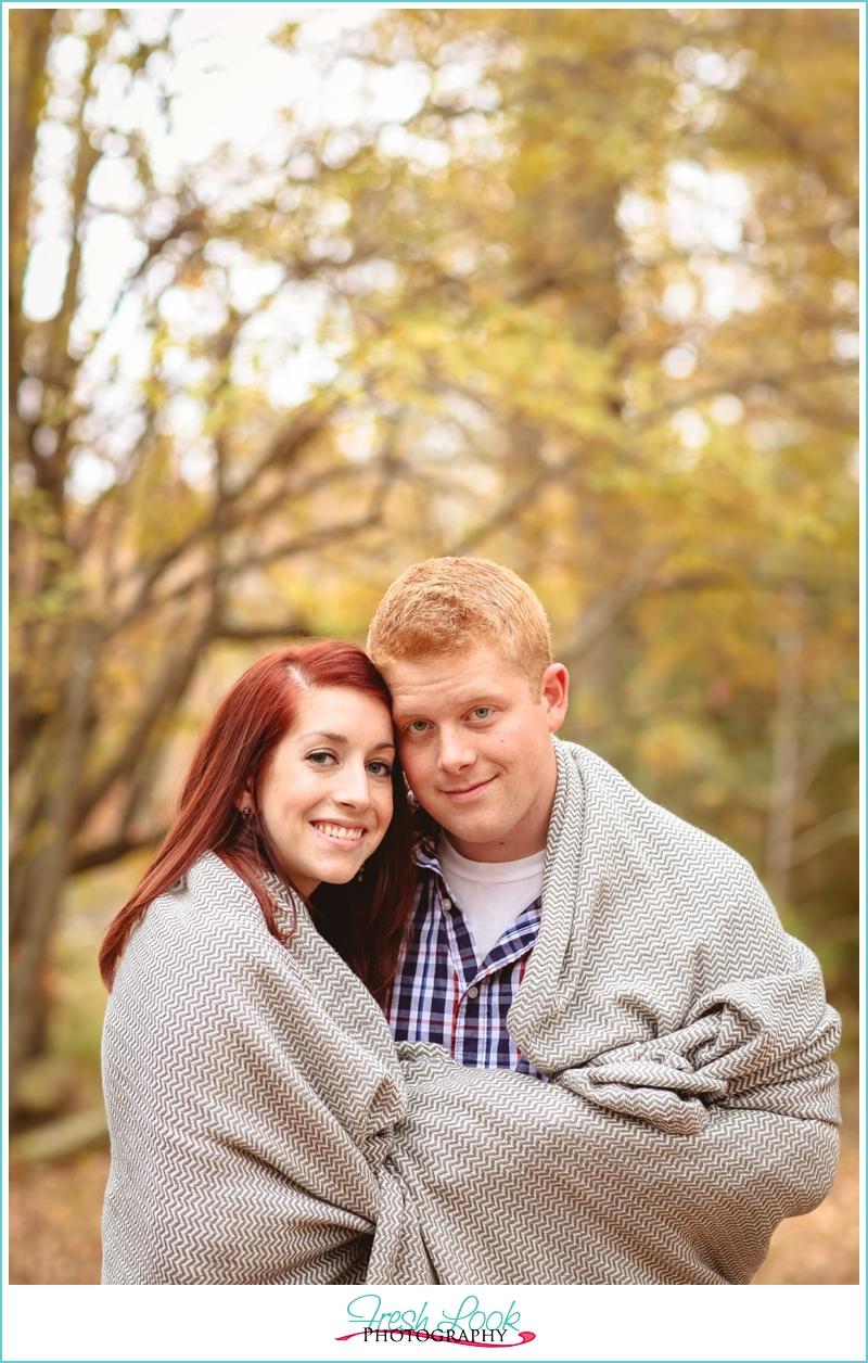couples outdoor photo shoot