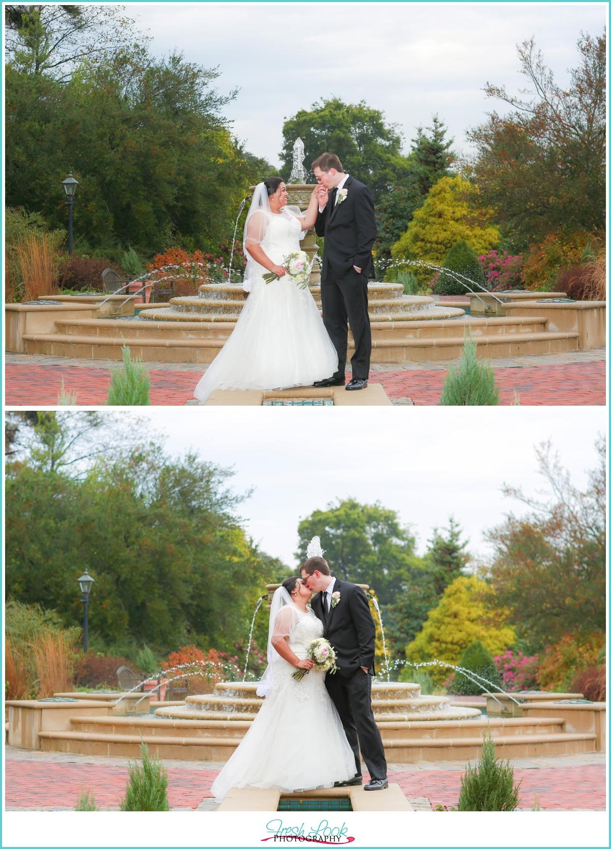 blush themed norfolk botanical gardens wedding
