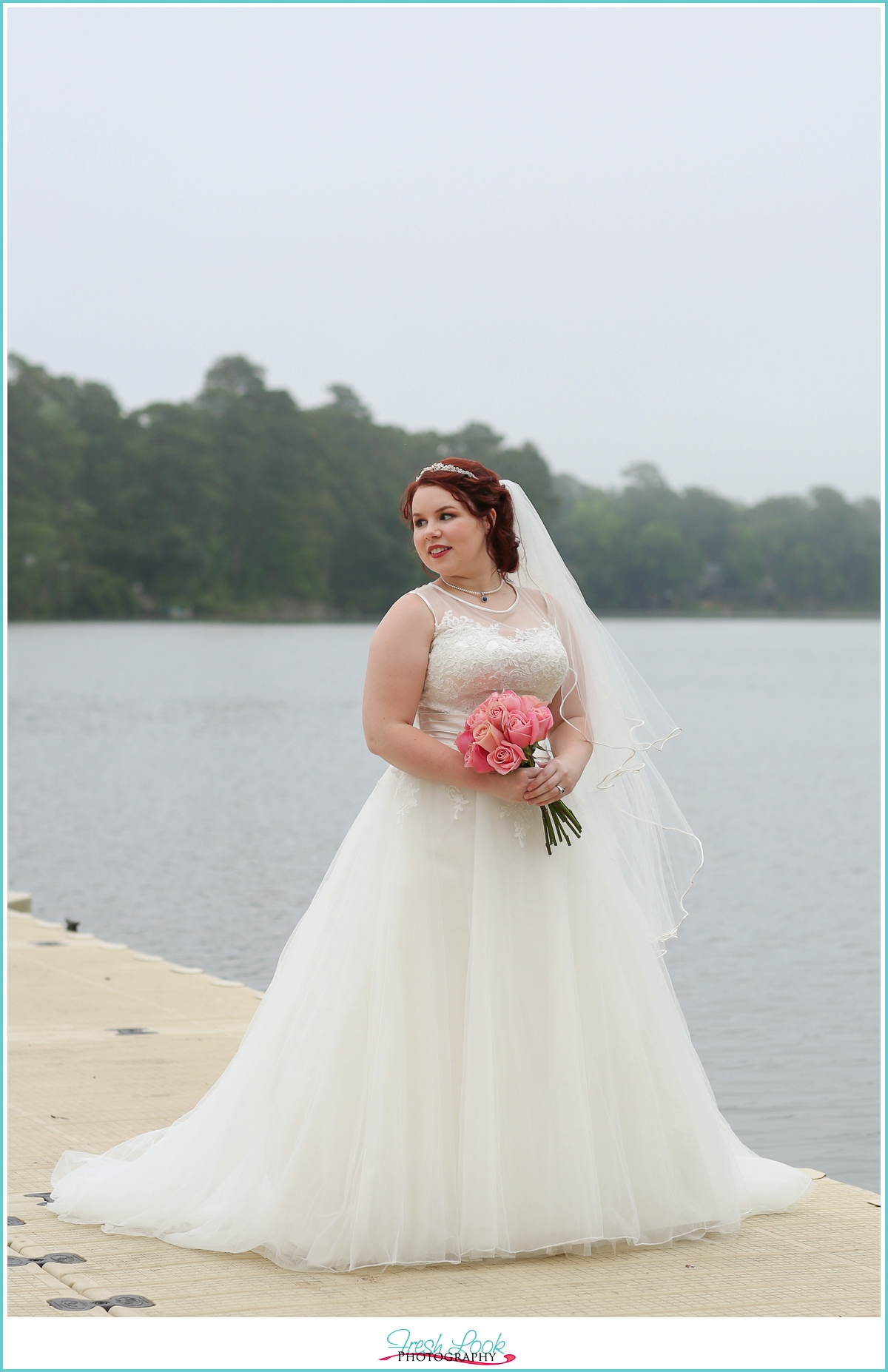 Lake Lawson bridal shoot