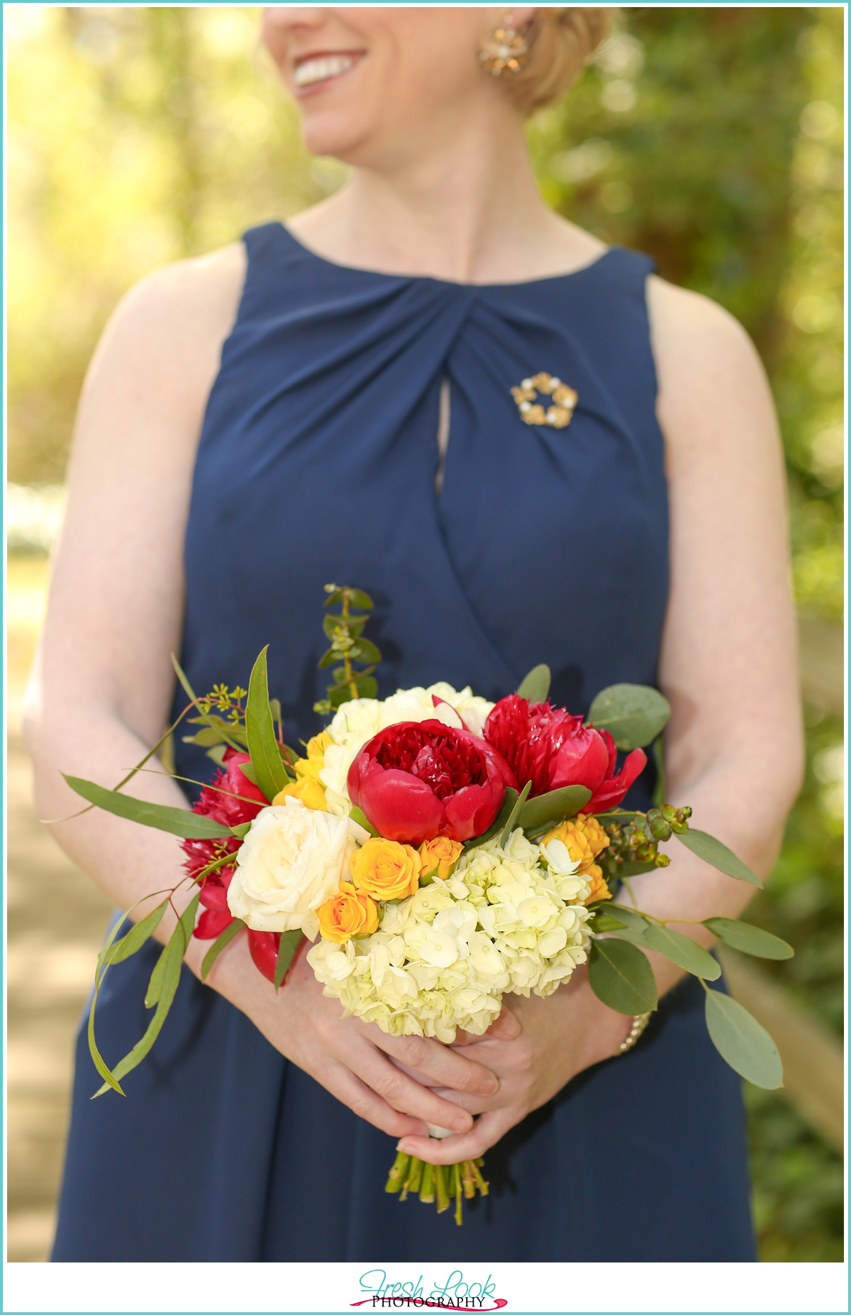 navy and yellow wedding colors
