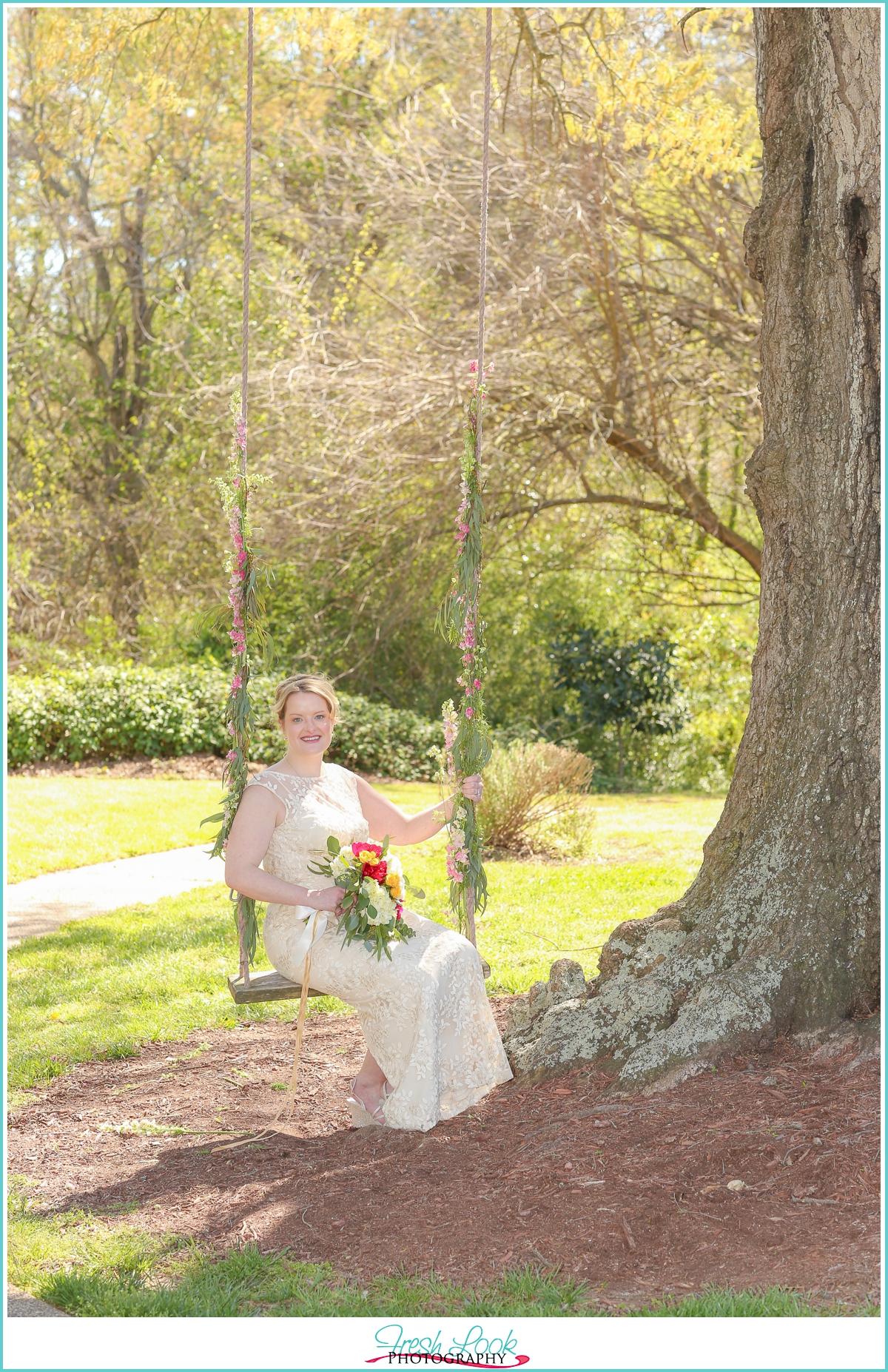 romantic bridal portraits