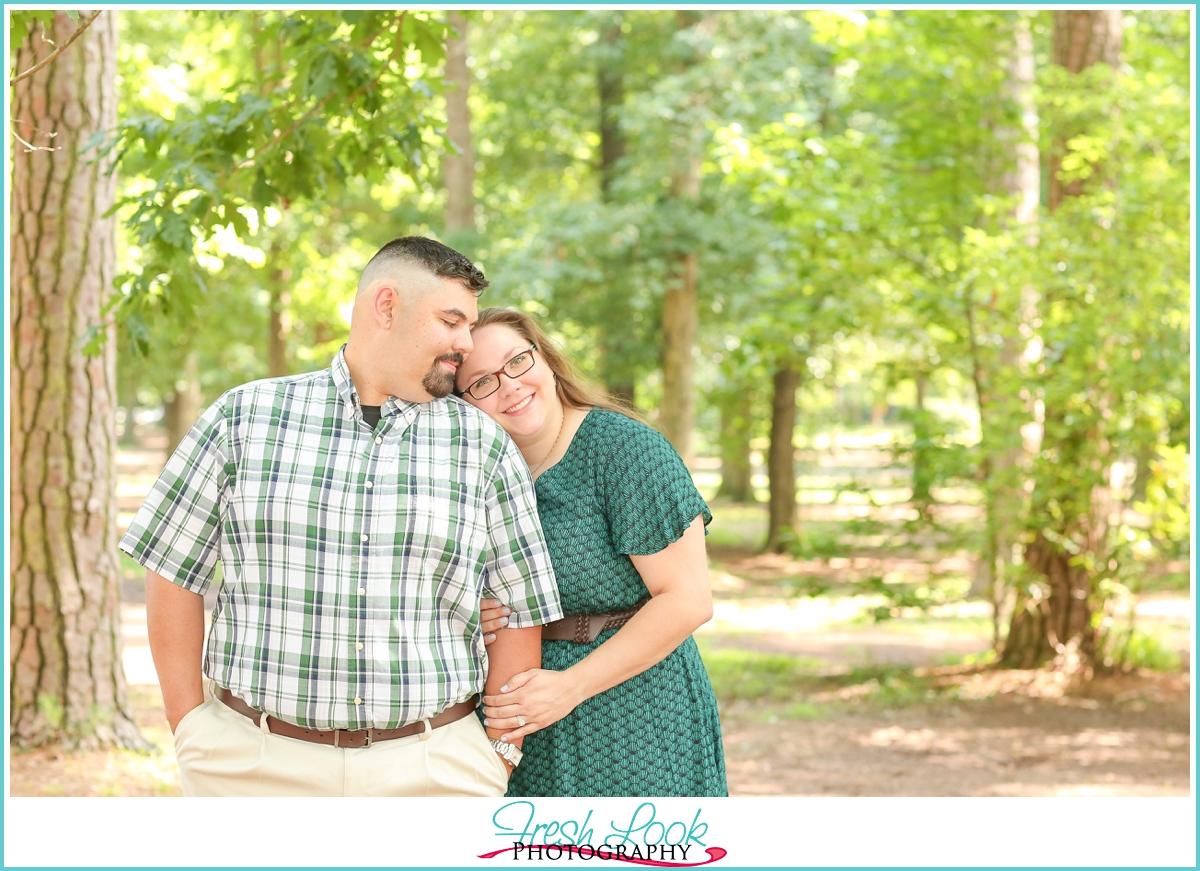 romantic engagement photo ideas