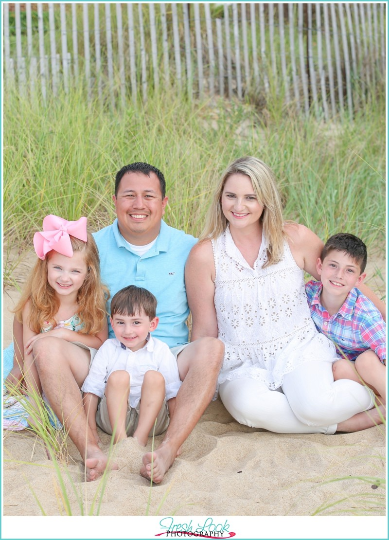 Stylish Family Beach Session
