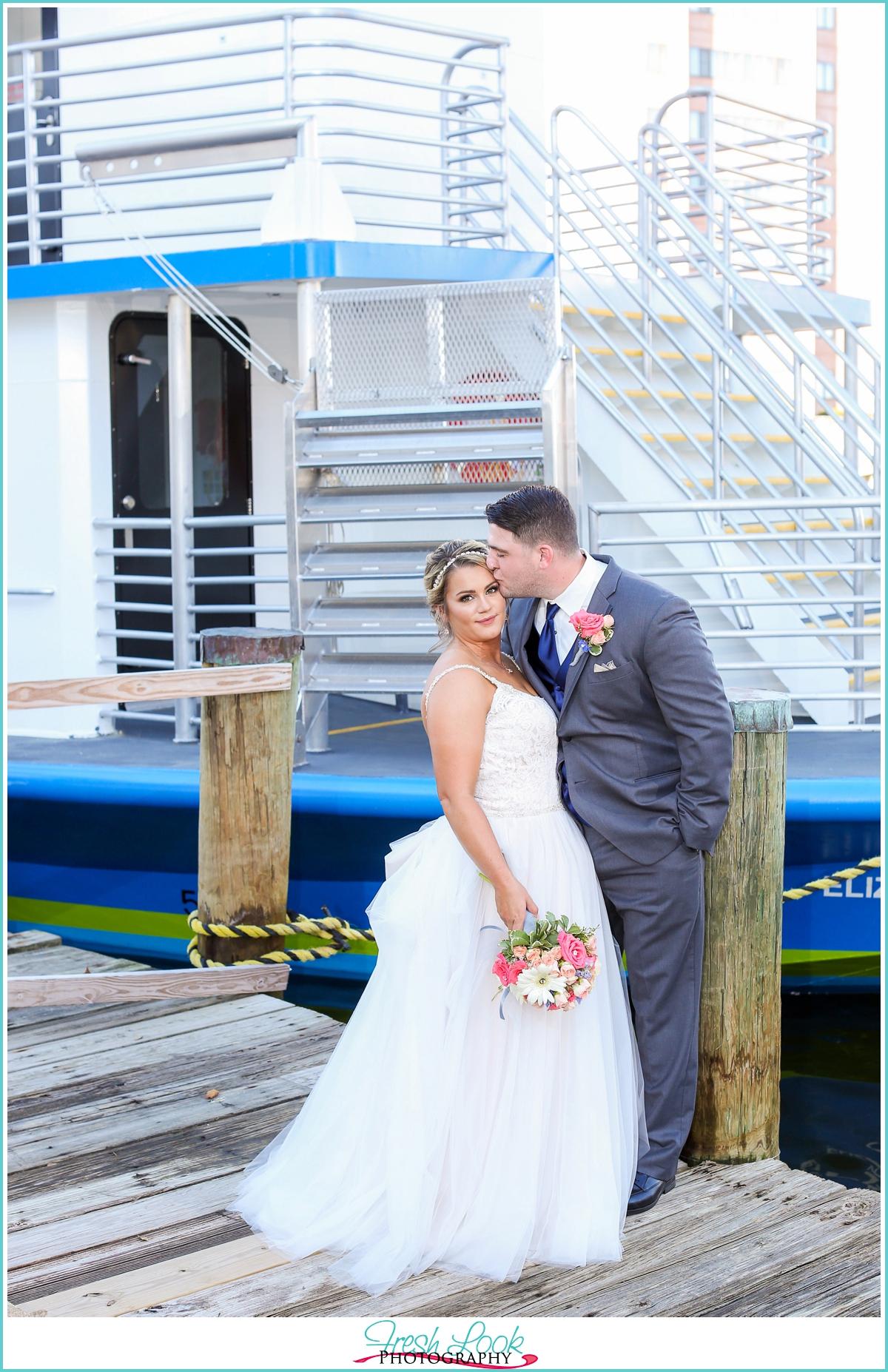 Renaissance Hotel Portsmouth Wedding | Anna+Nick - JudithsFreshLook.com