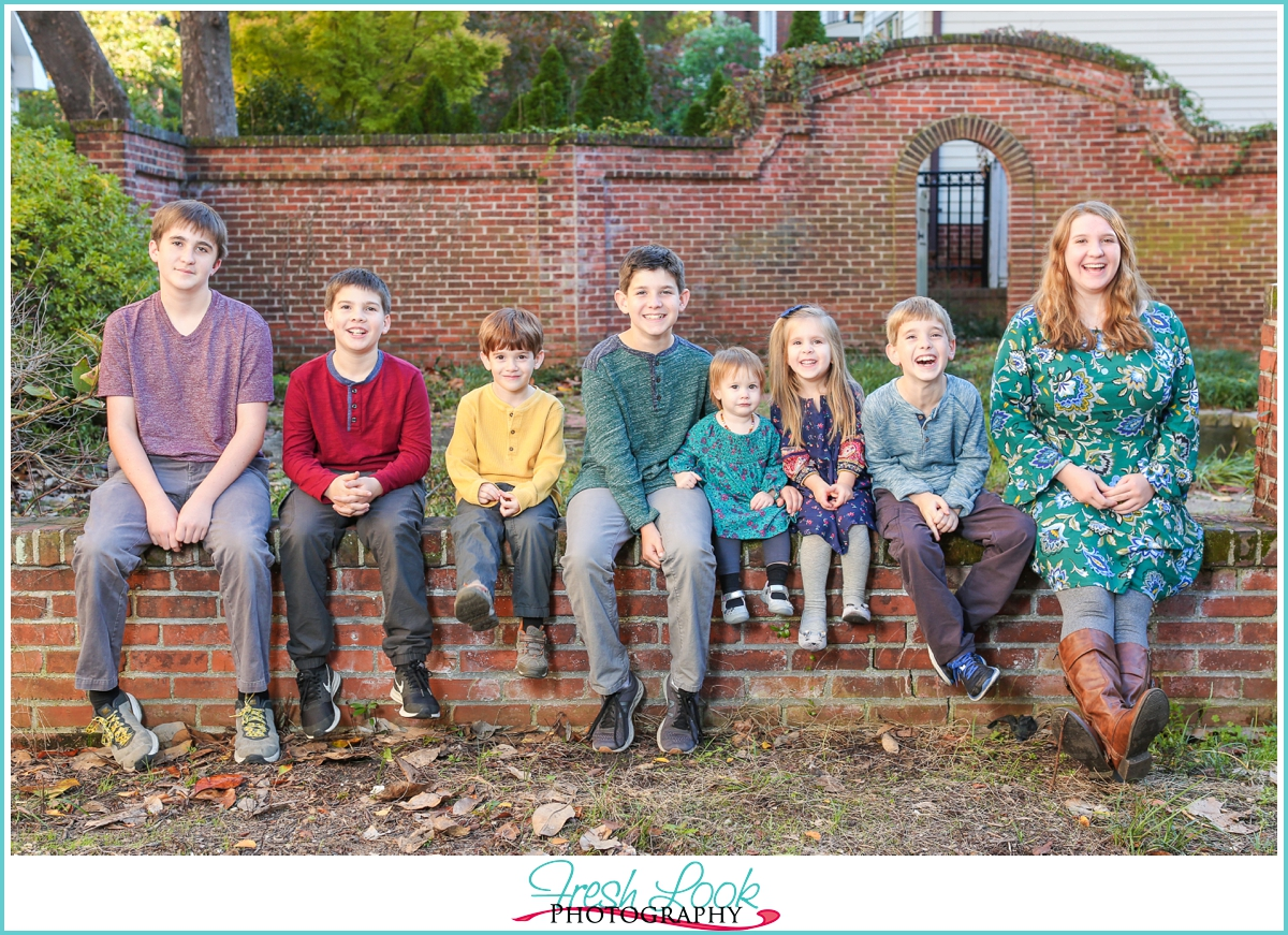 eight kids in one family