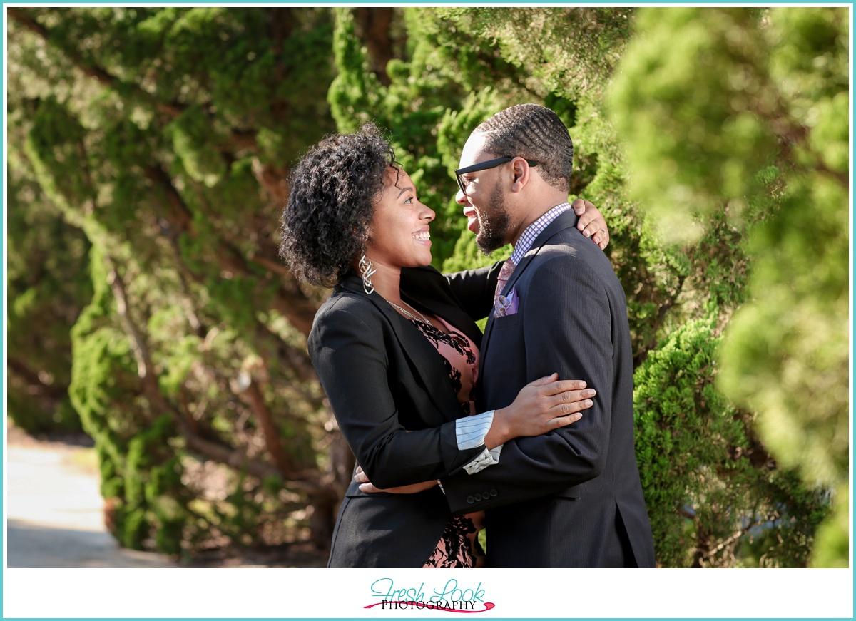 romantic engagement photo idea