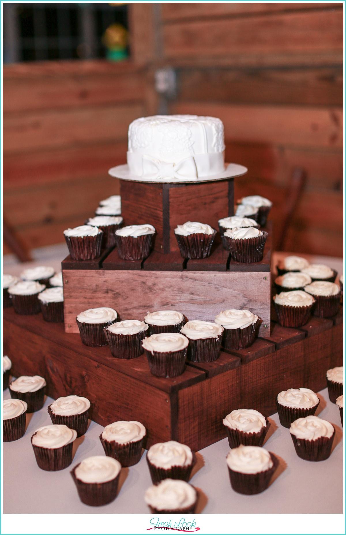 Wedding Cake for Country Wedding