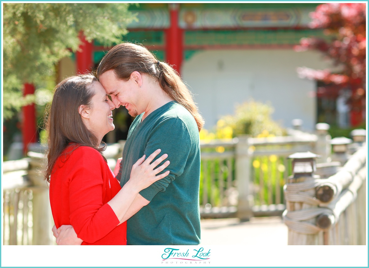 Norfolk Pagoda Engagement Photos