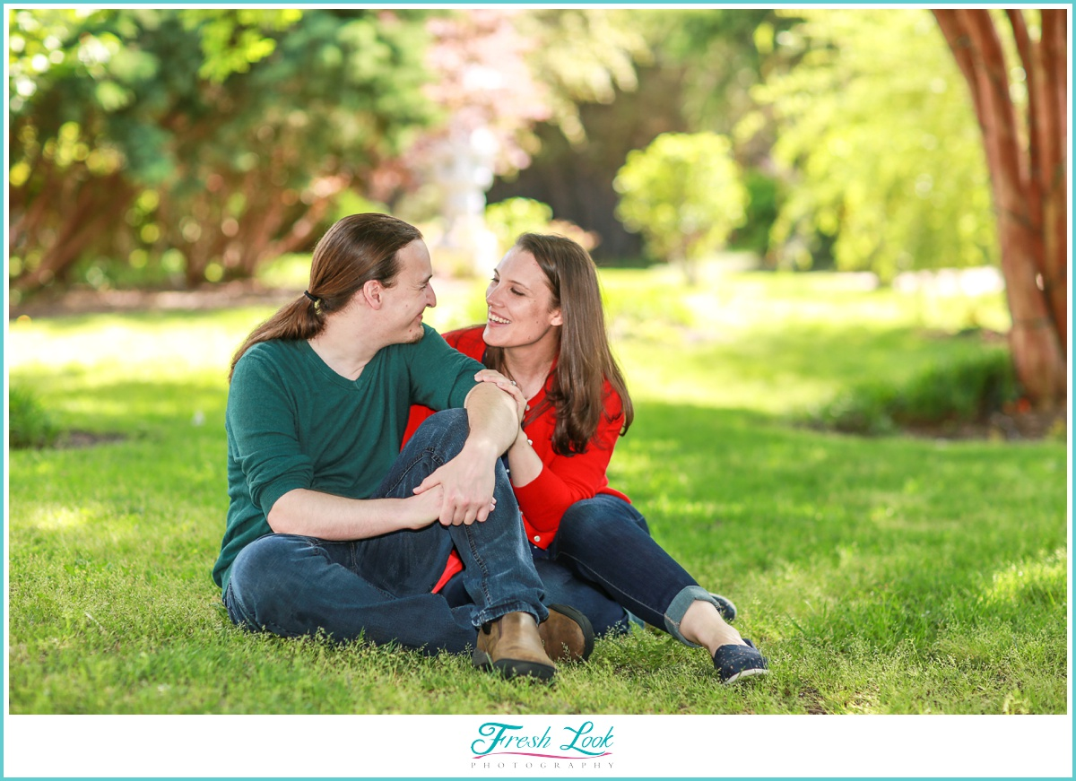 engagement shoot in the park