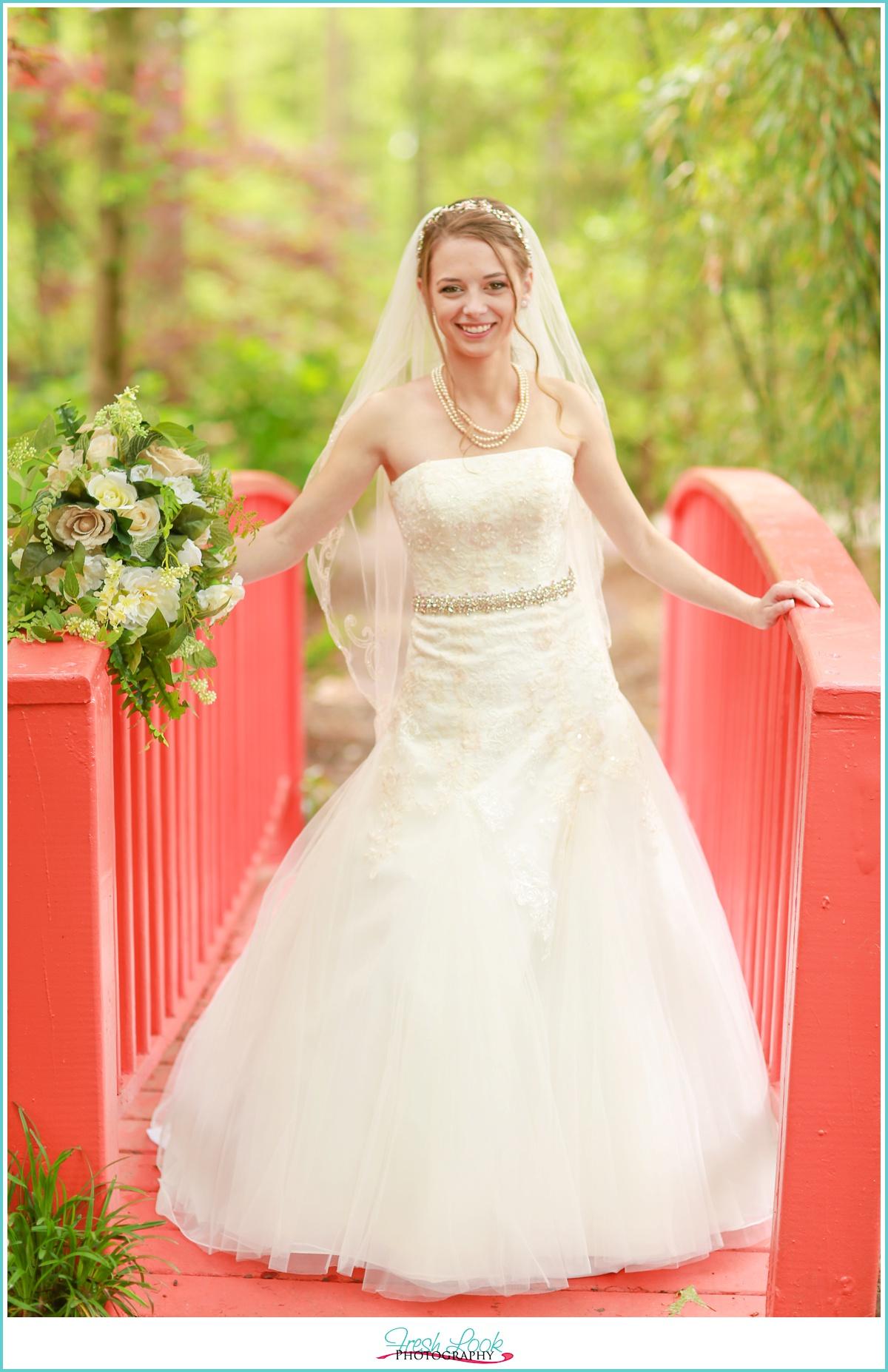 sassy bridal portraits