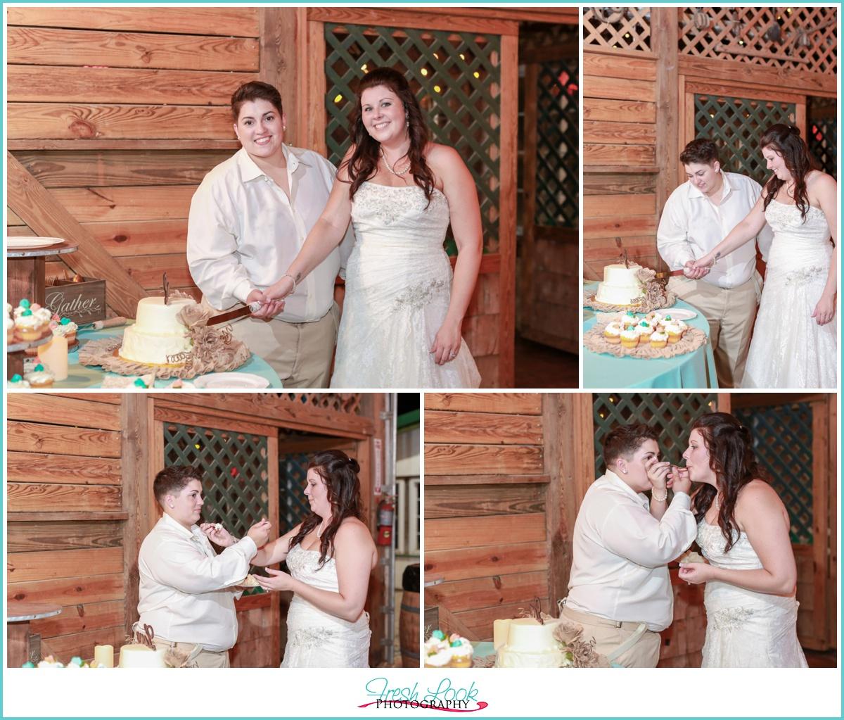 cake cutting at reception