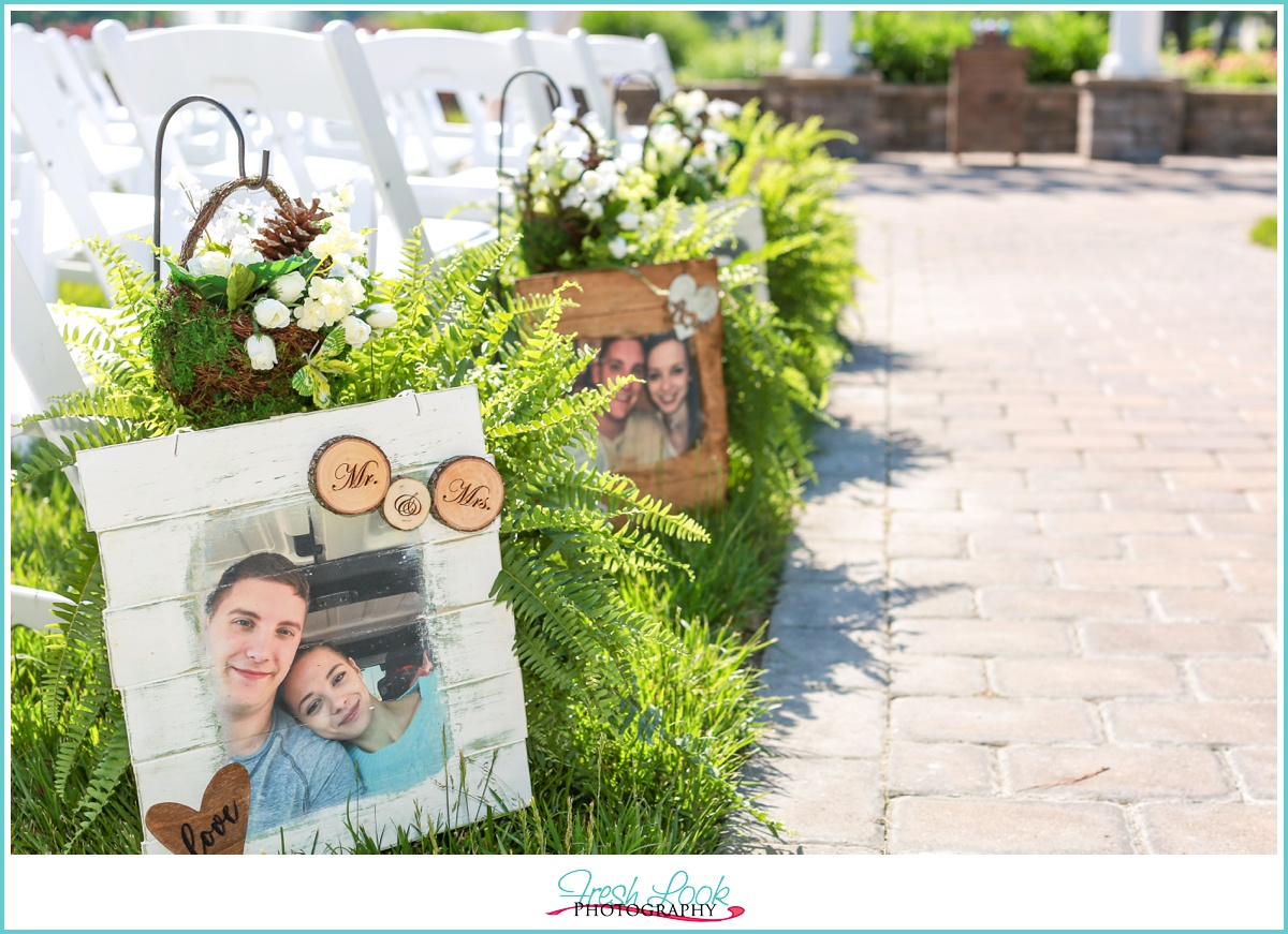 Woodsy themed outdoor Wedding