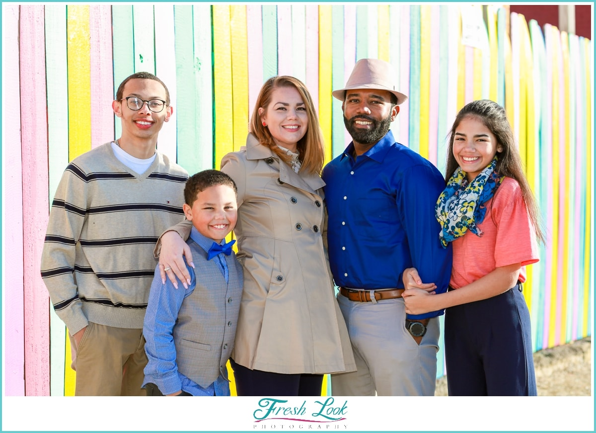 colorful family photoshoot