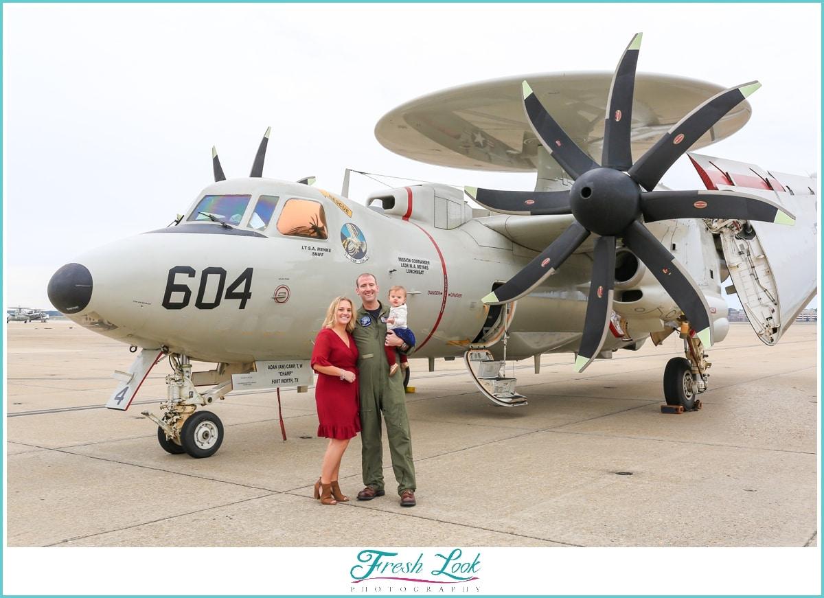 Navy pilot military homecoming