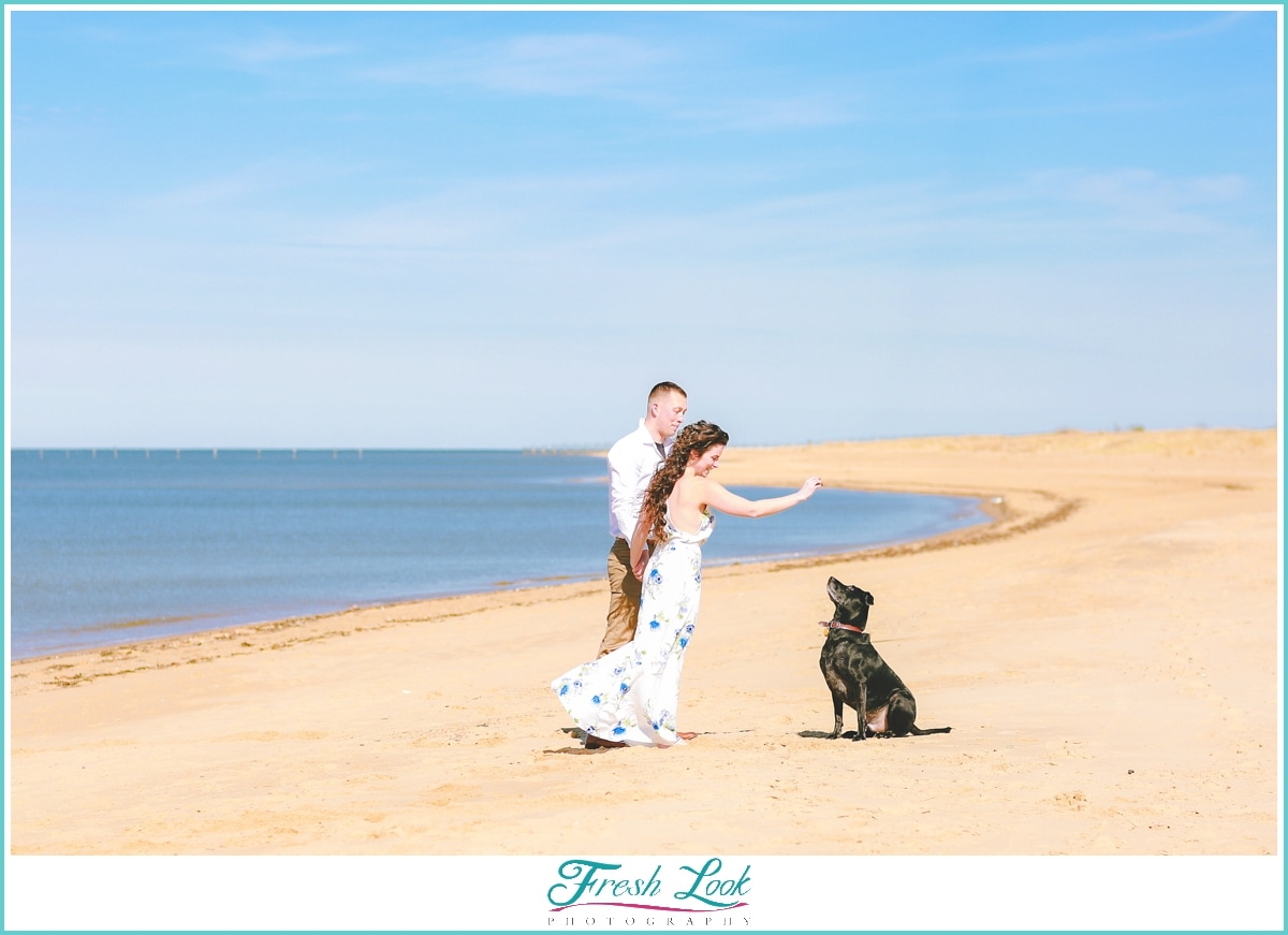 pretty engagement photos on the beach