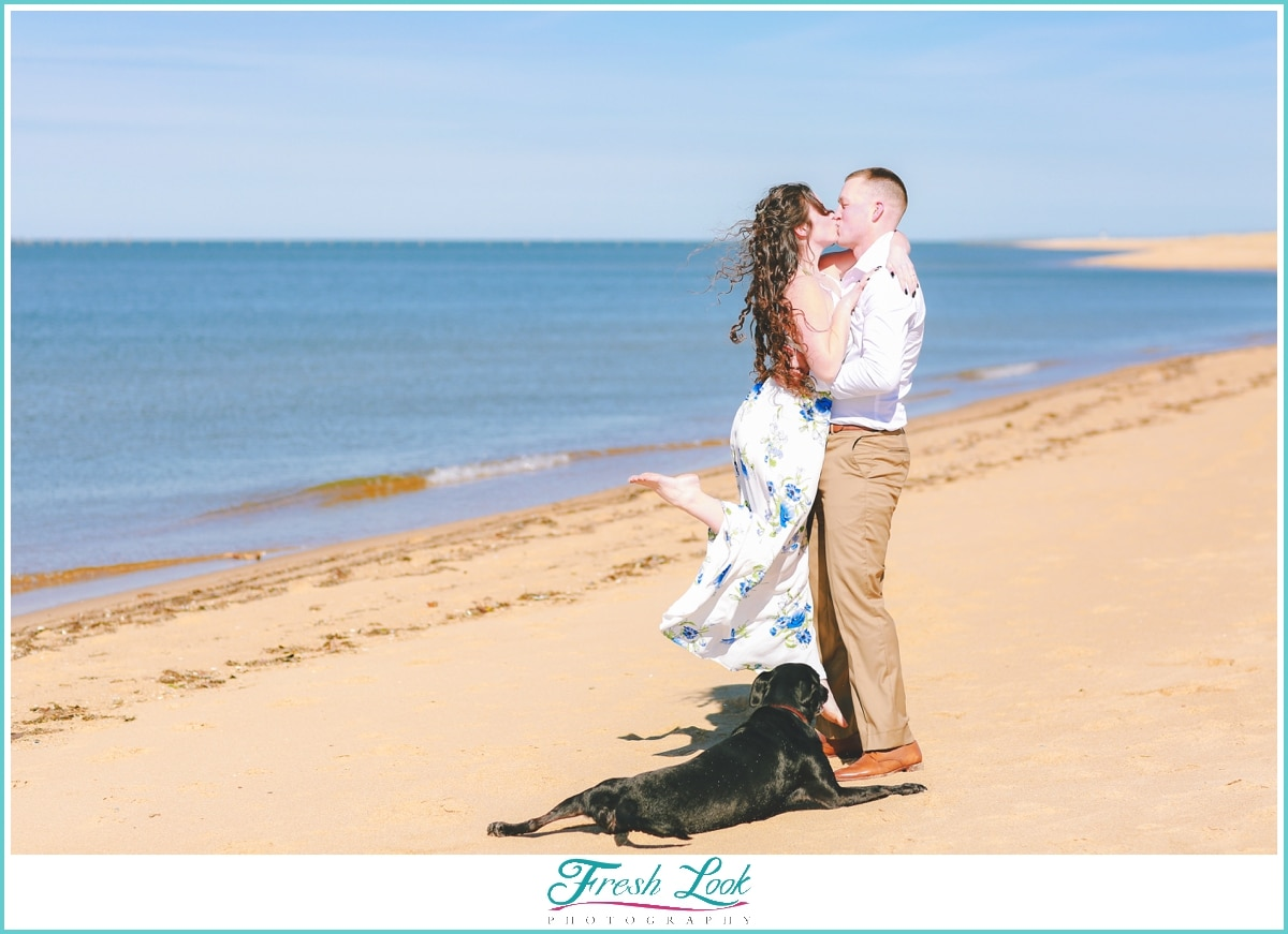 kissing at Virginia Beach