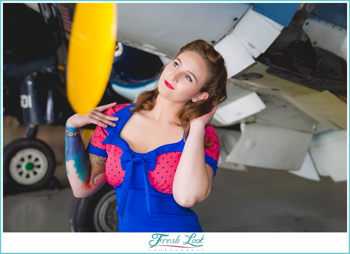 dreamy pin up girl