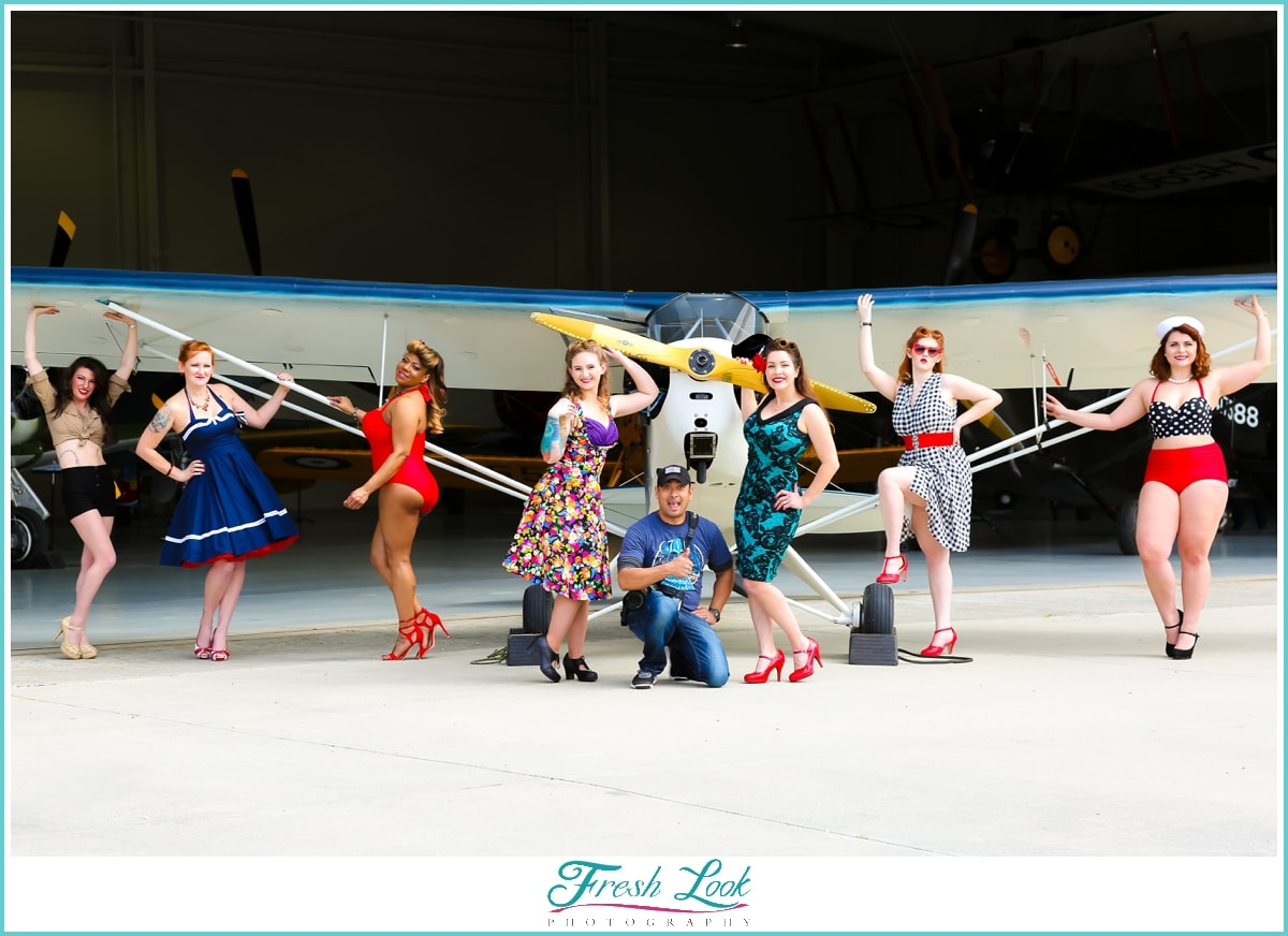 group photos with pinup models