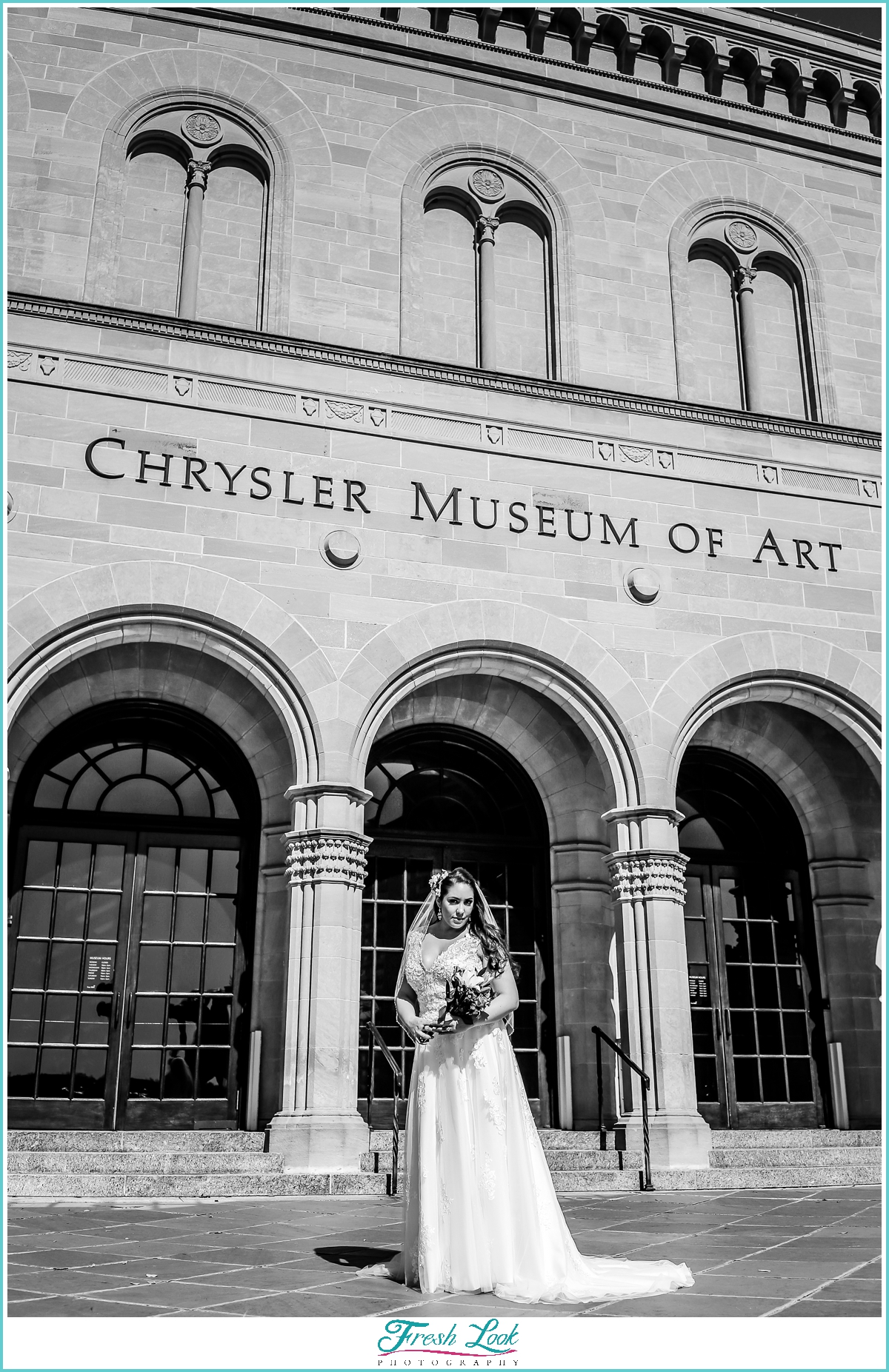Architecture bridal portrait