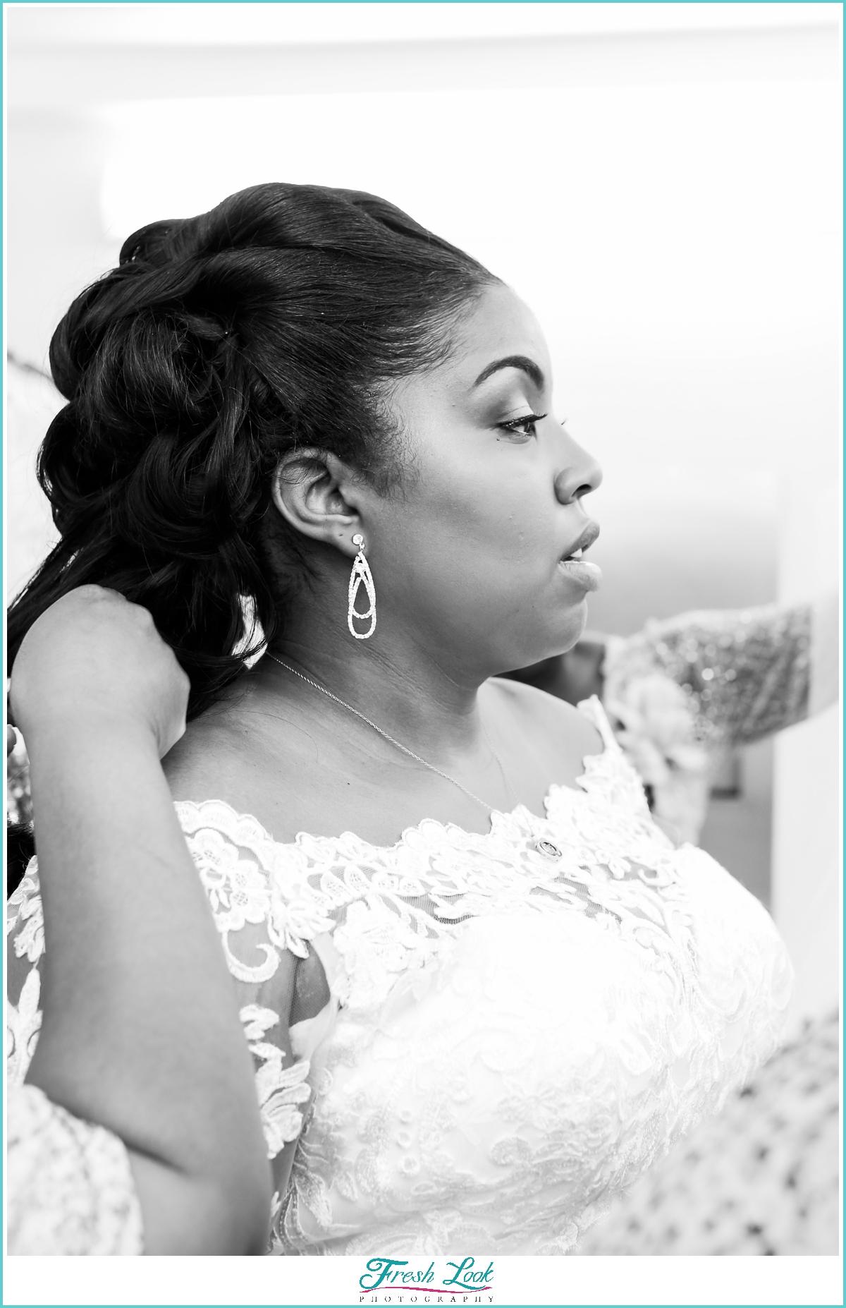 classic black and white bridal portrait