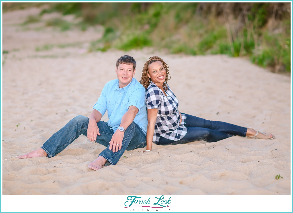 beachy maternity photoshoot