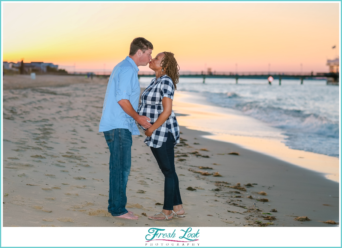 Norfolk maternity photoshoot at the beach