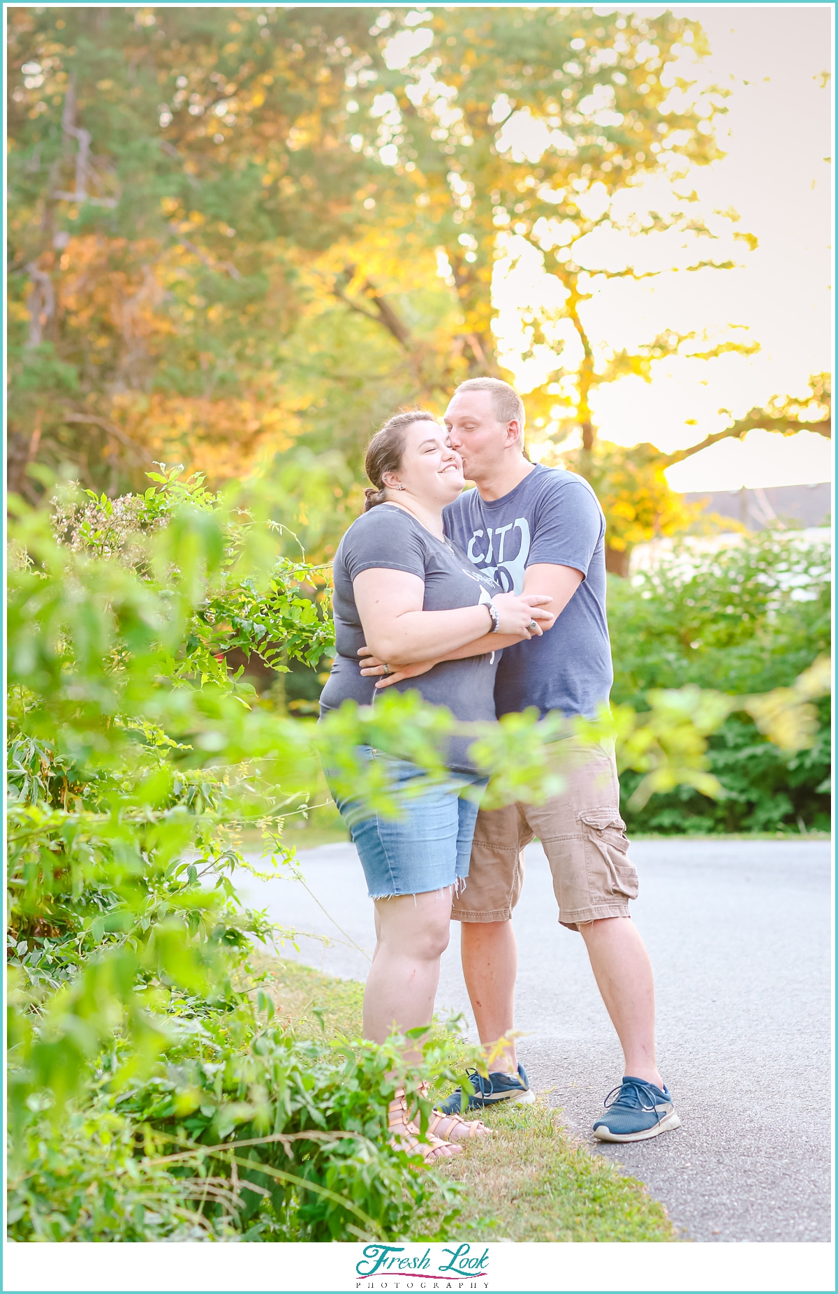 Romantic sunset engagement photoshoot