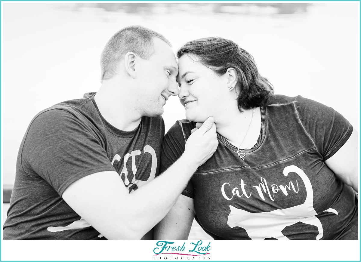 romantic engagement session photo ideas