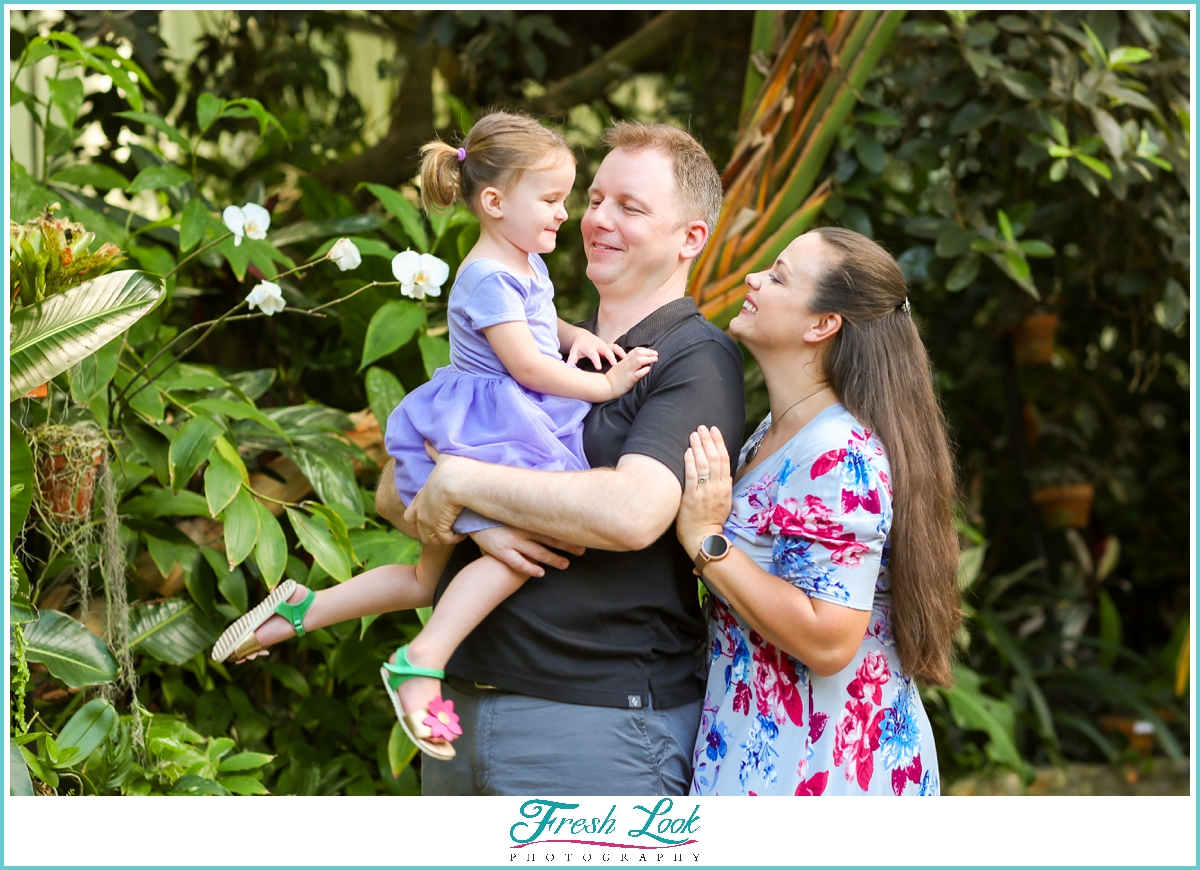 fun family photos at the garden