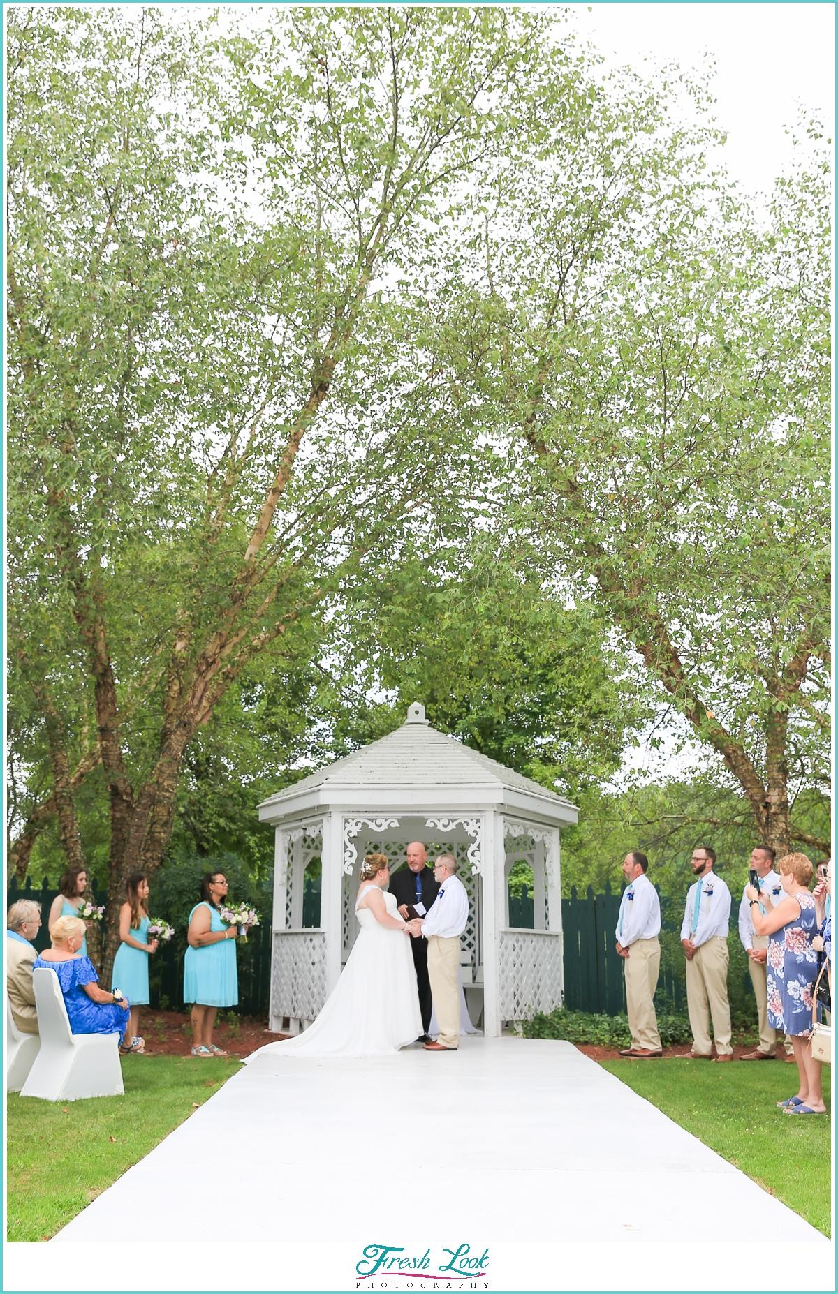 Chesapeake Golf Club wedding ceremony