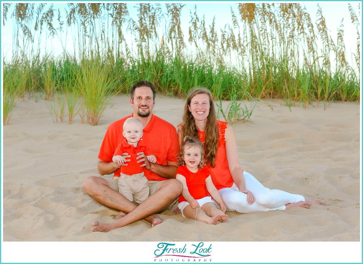 family of four beach photoshoot