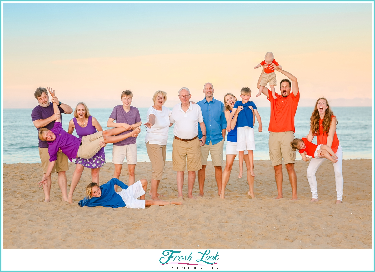 fun beach family photo ideas