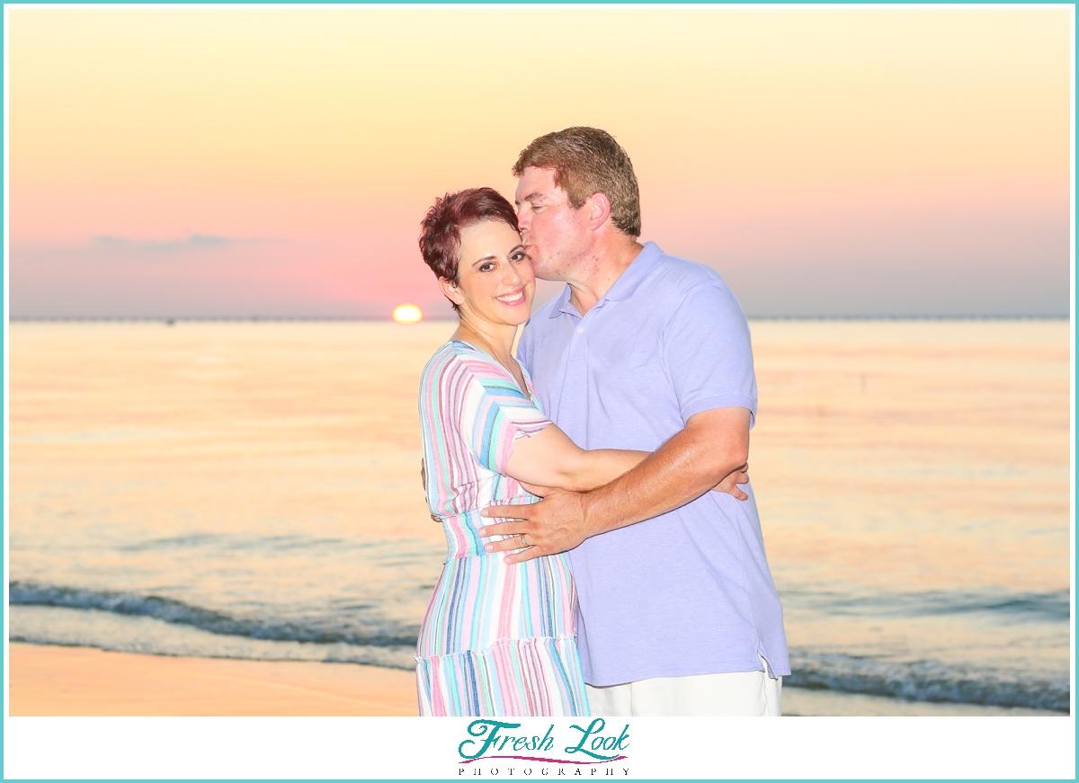 romantic sunset photos on the beach