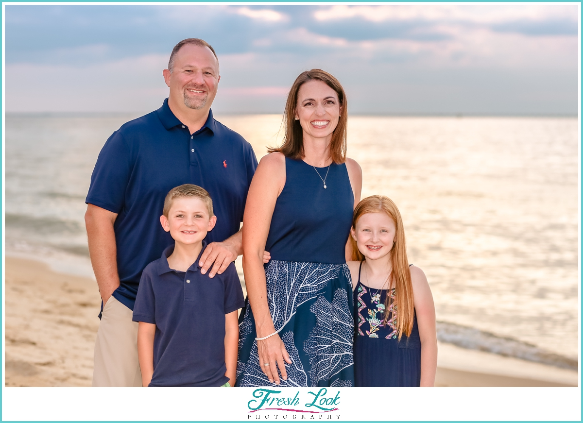 family of four sunset photoshoot