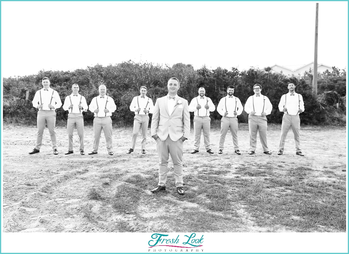 groom and groomsmen beach photos