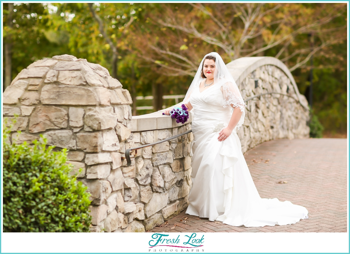 beautiful outdoor bridal session