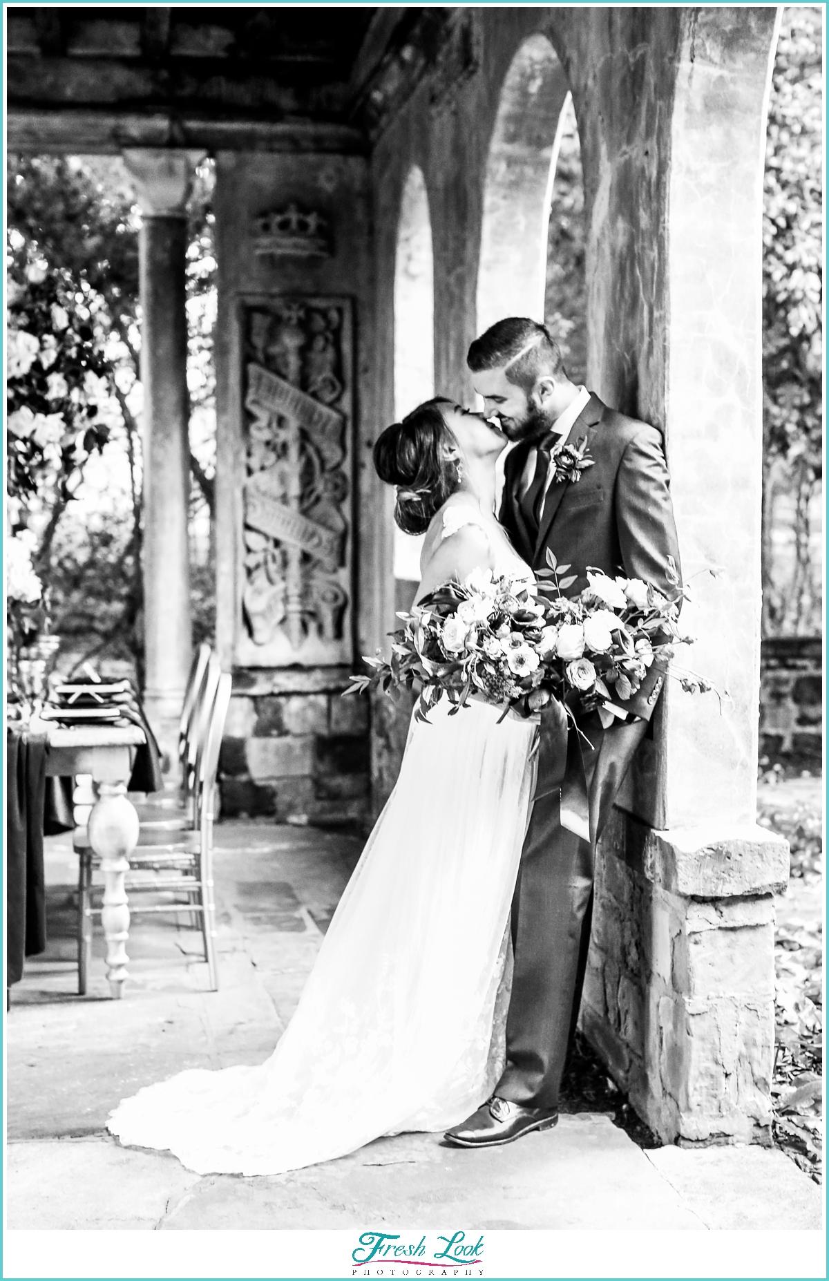 black and white wedding photo ideas