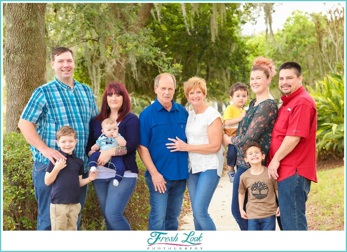 extended family photoshoot in Florida