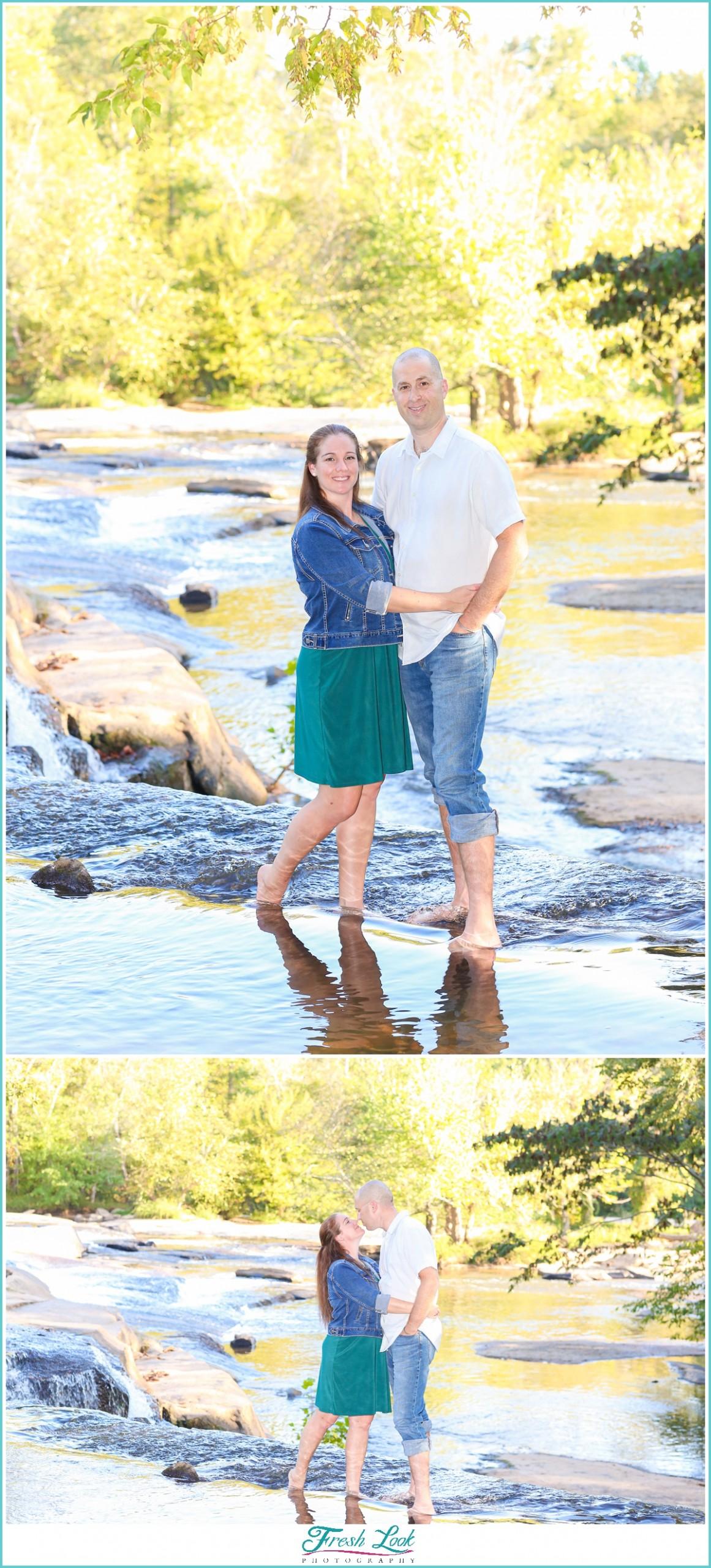 romantic woodsy couples photos