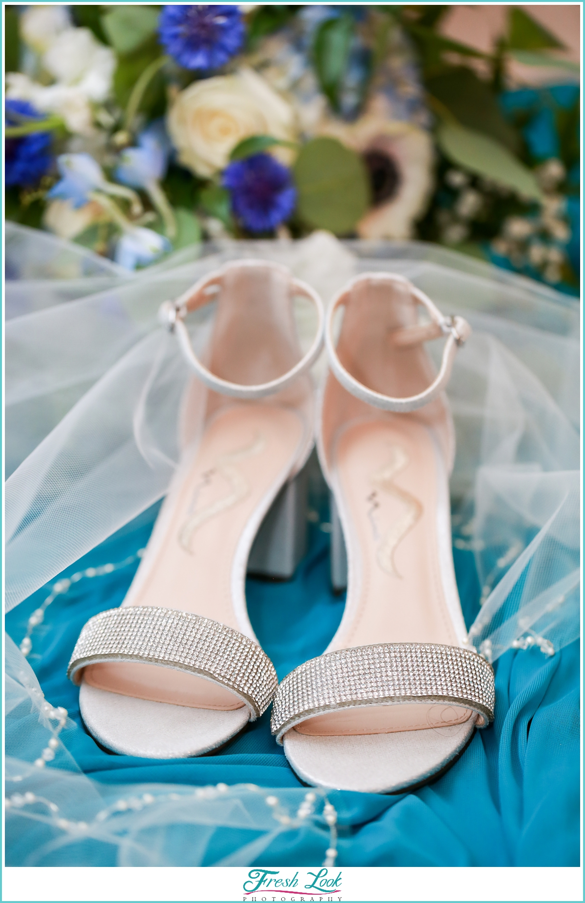 sparkly bridal wedding shoes