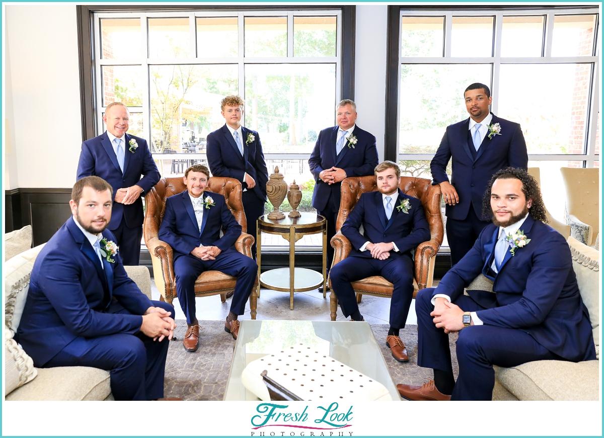 groom and groomsmen posing ideas