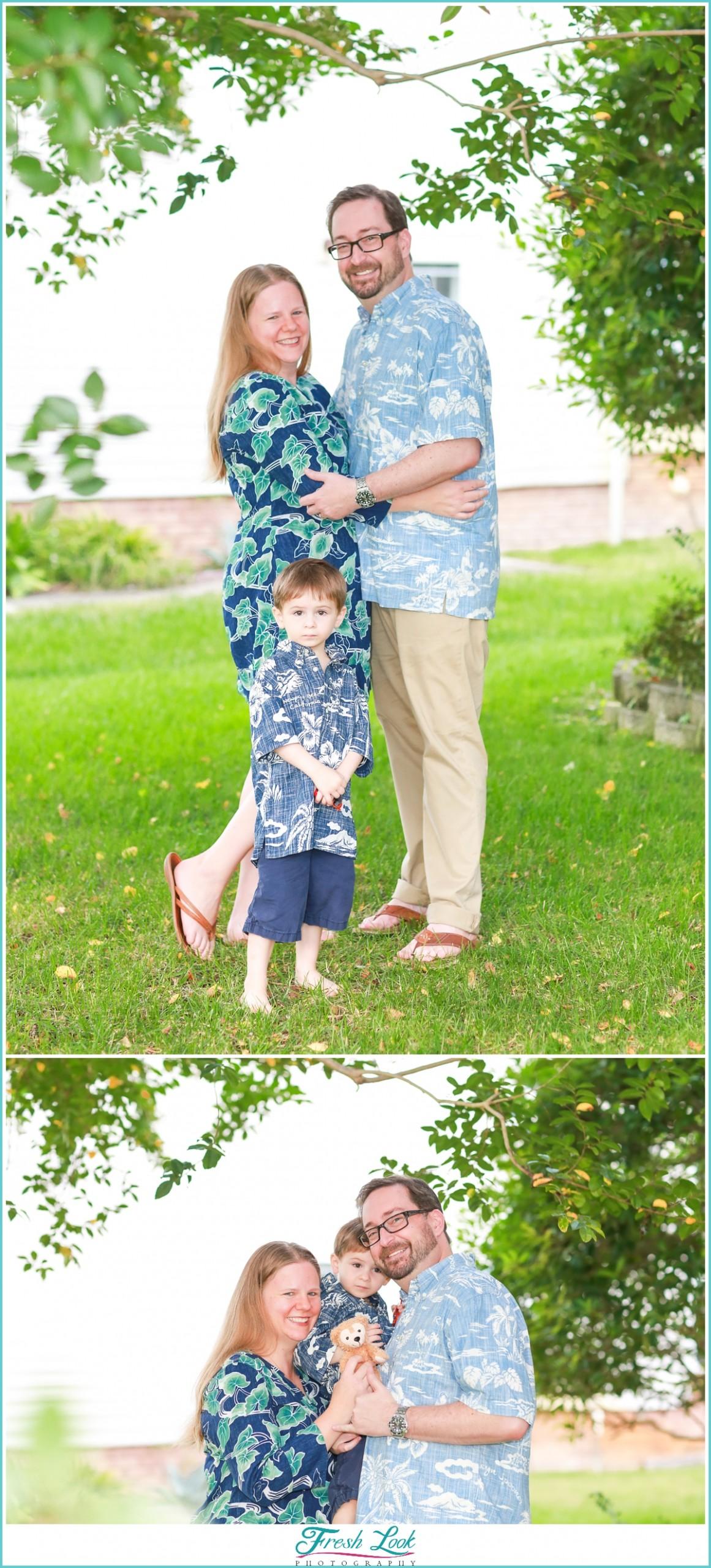 kids photobombing parents