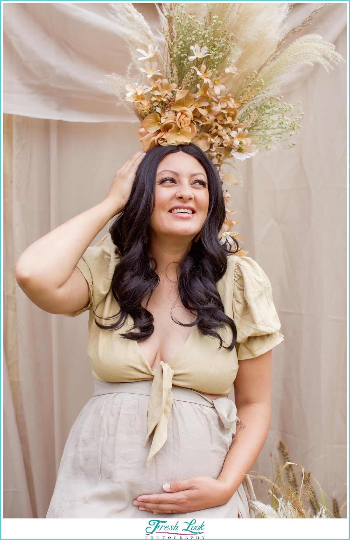 joyful maternity portraits