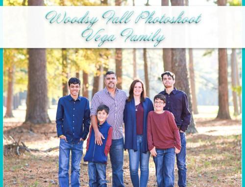 Woodsy Fall Photoshoot | Vega Family