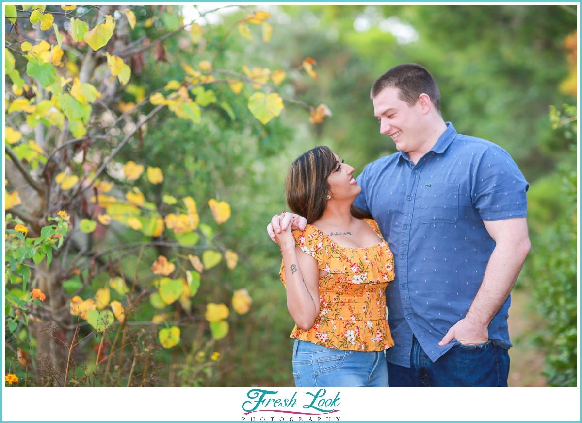 couples romantic fall photos