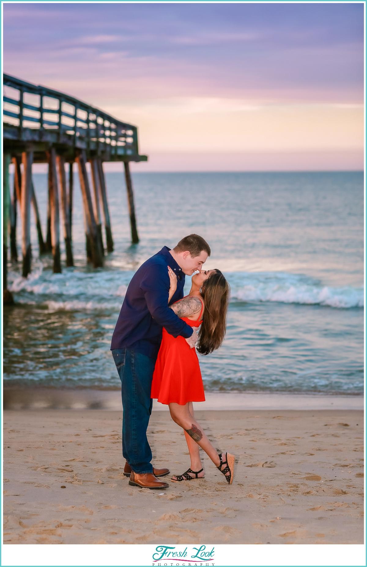 romantic sunset beach photoshoot