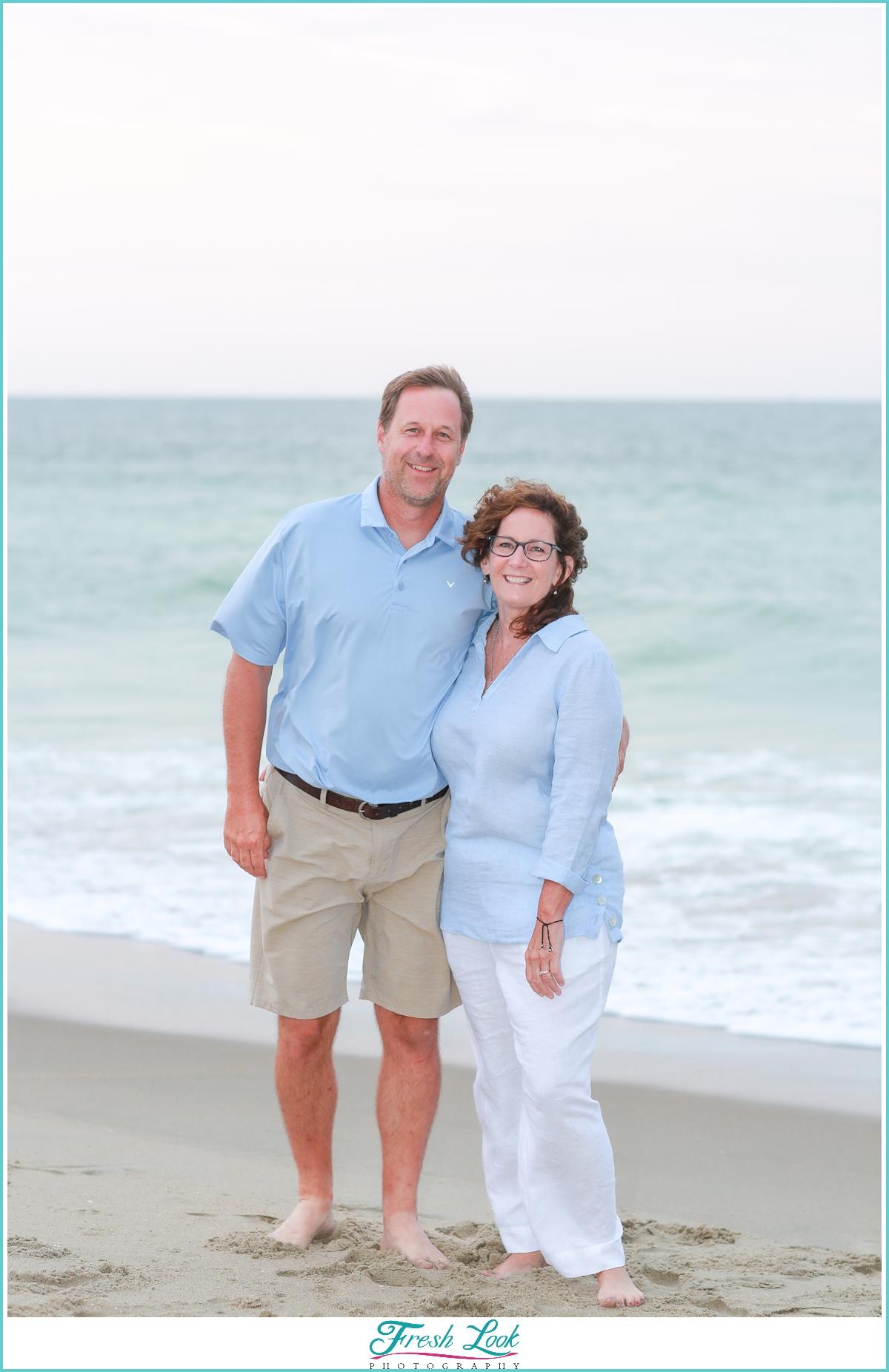 couples photos on the beach