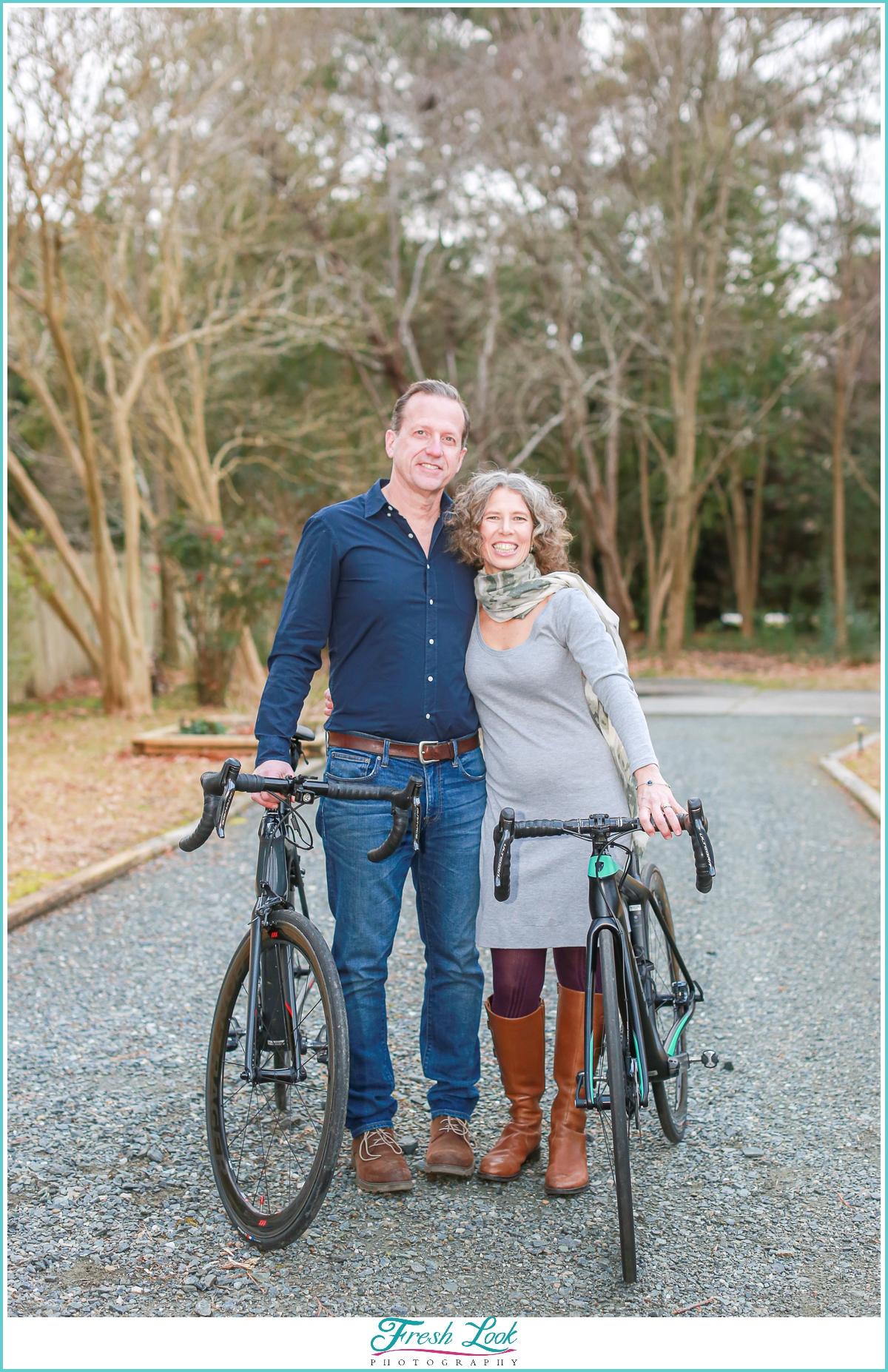 husband and wife cyclists