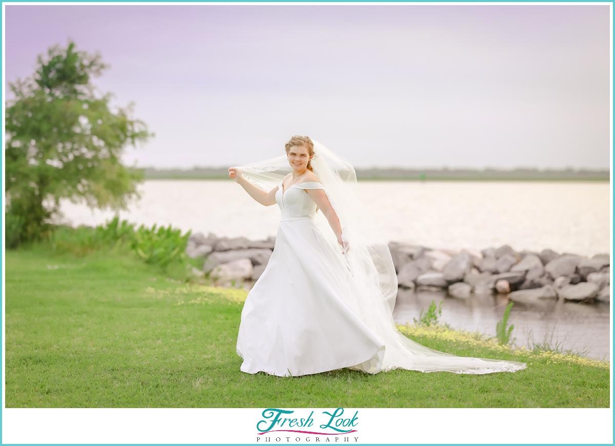 Munden Point Park bridal portraits