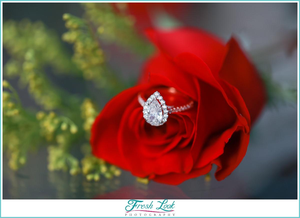 diamond pear engagement ring